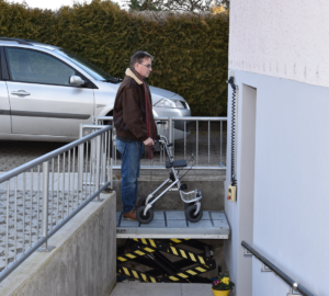 Fusspflege Speuz Behindertenlift